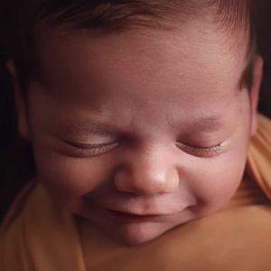 Brisbane newborn photographer, baby photographer Brisbane, Lifetime Stories Photography, Victoria Burcusel, baby portrait, newborn photos