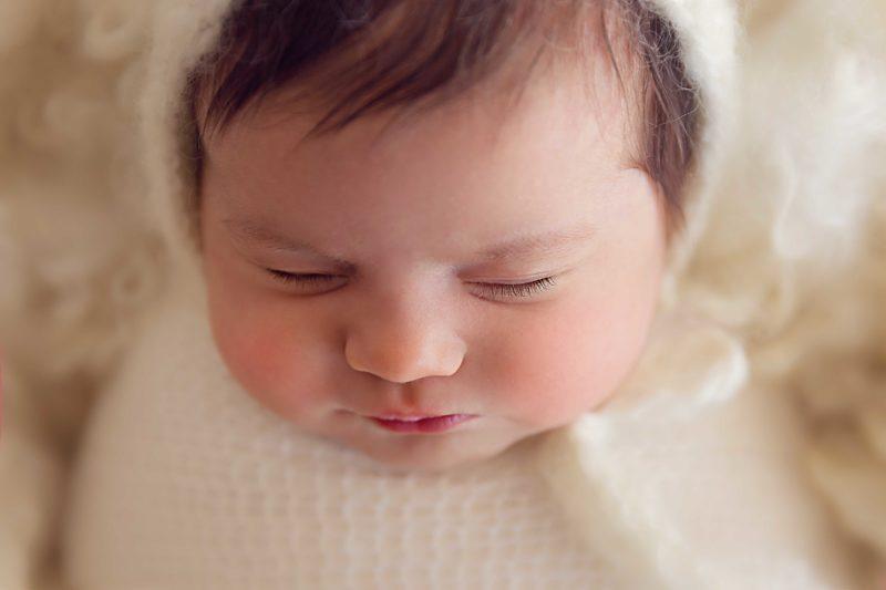 Natural light, newborn session, Lifetime Stories Photography, Victoria Burcusel, baby girl, baby, Brisbane Studio, Rochedale South, Logan Brisbane,